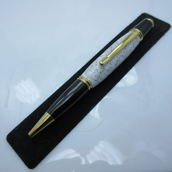 Hand Turned Gatsby Twist Pen in (White Camo) 24kt Gold