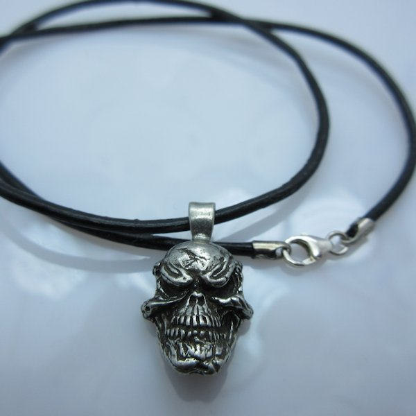 Grins Skull Pendant in Pewter by Schmuckatelli Co.