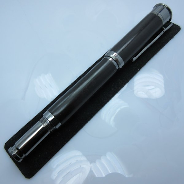 Over and Under Shotgun Rollerball Pen in (Ebony) Gunmetal