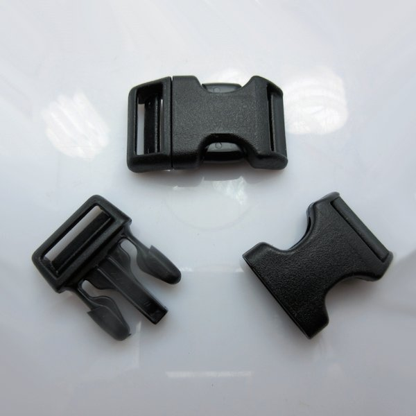 "3/4"" Wienerlock Brand Curved Black Side Release Buckles"